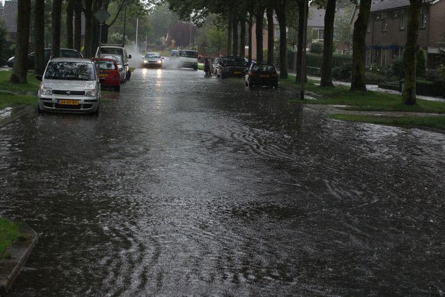 Afkoppelen regenwater oplossing wateroverlast