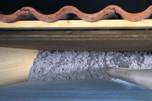 Cellulose papiervlokken isolatie