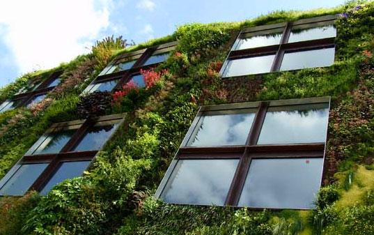 Verticale Tuin Woonkamer : De verticale tuin groene muur of living wall geeft verrassende