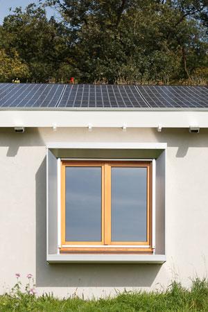 Gerenoveerd huis levert meer stroom op dan het verbruikt for Energiezuinig huis