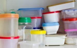 Plastic bakjes giftig eten schadelijke stoffen