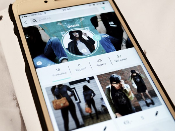 03ea2969ede ... App United Wardrobe online duurzaam tweedehands kleding kopen · «
