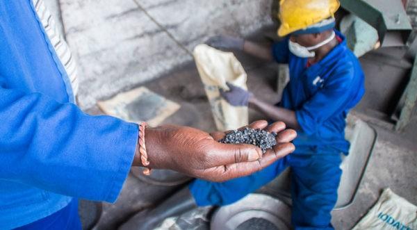 Grondstoffen Kobaltmijn Congo met duurzame productie