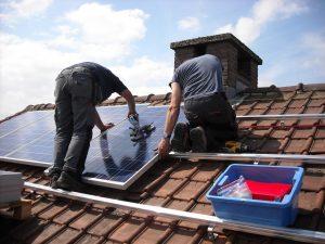 zonnepanelen huren of kopen